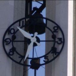 Horloge du cloche de Ste Agnès